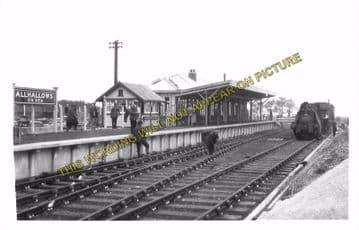 Allhallows-on-Sea Railway Station Photo. Stoke Juntion Line. Isle of Grain. (8)