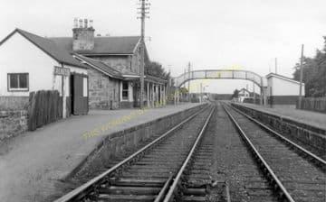 Alness Railway Station Photo. Novar - Invergordon. Dingwall to Delny Line. (3)