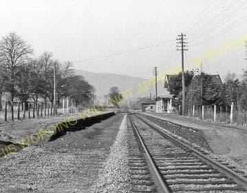Alness Railway Station Photo. Novar - Invergordon. Dingwall to Delny Line. (4)