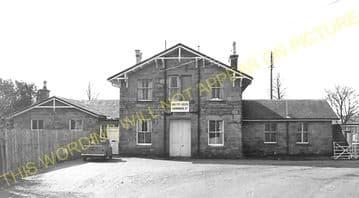 Alness Railway Station Photo. Novar - Invergordon. Dingwall to Delny Line. (7)