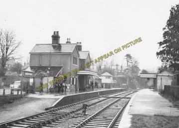 Alresford Railway Station Photo. Ropley - Itchen Abbas. Alton to Winchester (22)