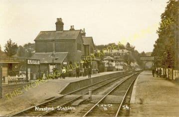 Alresford Railway Station Photo. Ropley - Itchen Abbas. Alton to Winchester (24)
