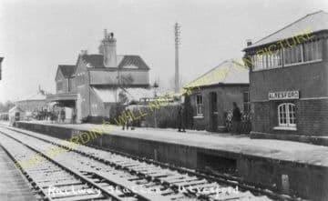 Alresford Railway Station Photo. Ropley - Itchen Abbas. Alton to Winchester (3)