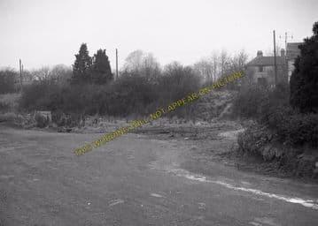 Alresford Railway Station Photo. Ropley - Itchen Abbas. Alton to Winchester (5)