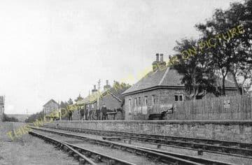 Altnabreac Railway Station Photo. Forsinard - Scotscalder. Georgemas Line. (1)