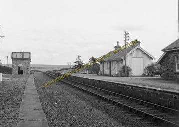 Altnabreac Railway Station Photo. Forsinard - Scotscalder. Georgemas Line. (9)