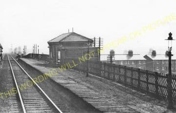 Altofts & Whitwood Railway Station Photo. Methley - Normanton. Midland Rly. (2)