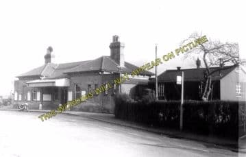 Alton Railway Station Photo. Bentley to Bentworth, Medstead and Tisted Lines (10)