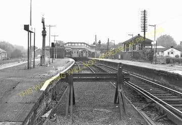 Alton Railway Station Photo. Bentley to Bentworth, Medstead and Tisted Lines (14)