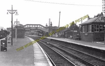 Alton Railway Station Photo. Bentley to Bentworth, Medstead and Tisted Lines (2)