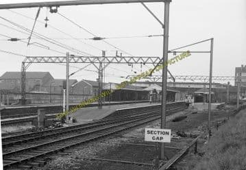 Altrincham & Bowdon Railway Station Photo. Hale - Timperley. MSJ&A. (13)