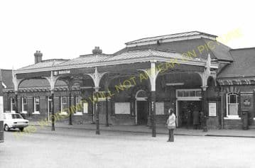 Altrincham & Bowdon Railway Station Photo. Hale - Timperley. MSJ&A. (36)