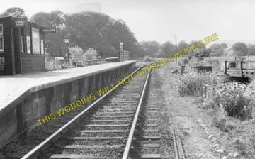 Alverstone Railway Station Photo. Newchurch - Sandown. Merstone Line. (6).
