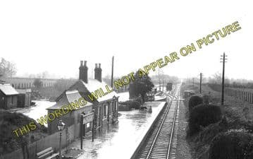 Alvescot Railway Station Photo. Bampton - Kelmscott. Oxford to Fairford Line (1)
