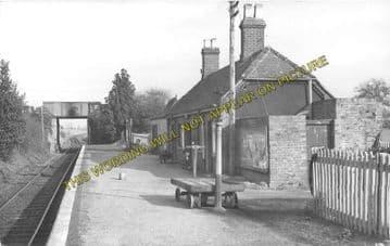 Alvescot Railway Station Photo. Bampton - Kelmscott. Oxford to Fairford Line (7)