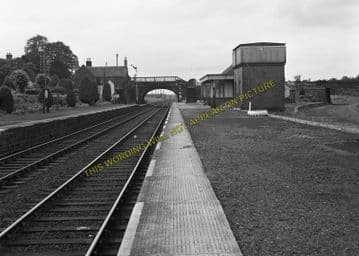Alyth Junction Railway Station Photo. Ardler - Eassie. Coupar Angus Line. (12)