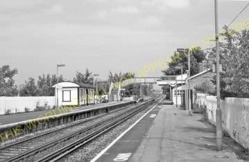 Amberley Railway Station Photo. Pulborough - Arundel. Littlehampton Line. (7)