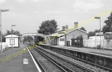 Amberley Railway Station Photo. Pulborough - Arundel. Littlehampton Line. (8)