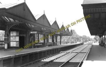 Amersham Railway Station Photo. Chalfont & Latimer - Great Missenden. (1)..