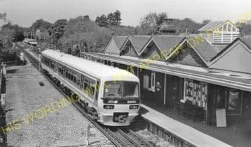 Amersham Railway Station Photo. Chalfont & Latimer - Great Missenden. (9)