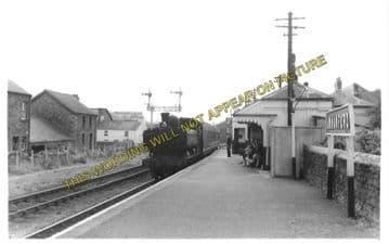 Ammanford Railway Station Photo. Pantyffynnon - Glamamman. Brynamman Line. (2)