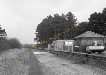 Andoversford Junction Railway Station Photo. Cheltenham - Notgrove. GWR. (10)