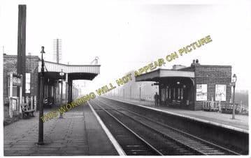Angel Road Railway Station Photo. Wood Green to Ponder's End & Edmonton Line (3).
