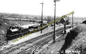 Appley Bridge Railway Station Photo. Gathurst - Parbold. Wigan to Burscough. (1)