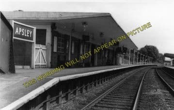Apsley Railway Station Photo. King's Langley - Hemel Hempsted. Watford Line. (1)