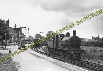 Ashchurch Railway Station Photo. Cleeve to Tewkesbury Bredon and Beckford. (10)..