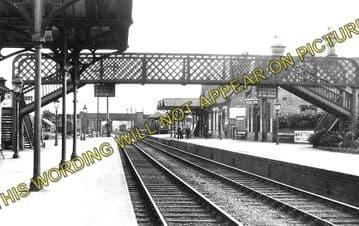 Ashchurch Railway Station Photo. Cleeve to Tewkesbury Bredon and Beckford. (2)