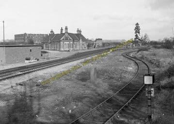 Ashchurch Railway Station Photo. Cleeve to Tewkesbury Bredon and Beckford. (28)