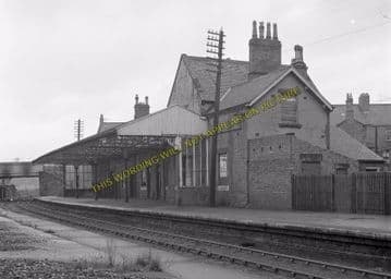 Ashington Railway Station Photo. Newbiggin - North Seaton. Bedlington Line (7)