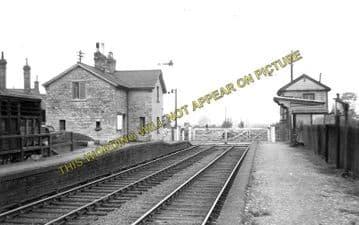 Ashley & Weston Railway Station Photo. Market Harborough - Rockingham. (1)..