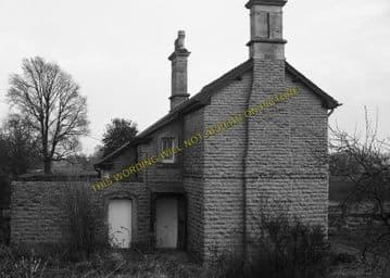 Ashton-Under-Hill Railway Station Photo. Beckford - Hinton. Eversham Line. (8)