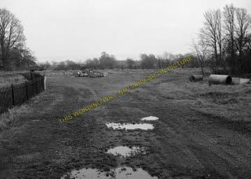 Ashton-Under-Hill Railway Station Photo. Beckford - Hinton. Eversham Line. (9)