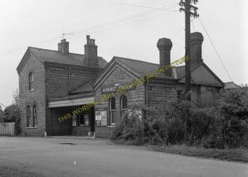 Ashurst Railway Station Photo. Groombridge - Cowden. Edenbridge Line. (7)