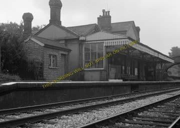 Ashurst Railway Station Photo. Groombridge - Cowden. Edenbridge Line. (9)