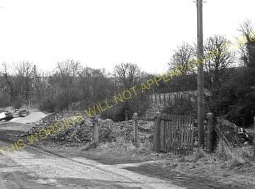 Aston Rowant Railway Station Photo. Chinnor - Lewknor Bridge. (10)
