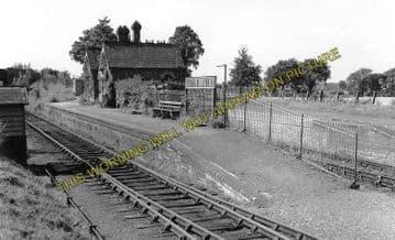 Aston Rowant Railway Station Photo. Chinnor - Lewknor Bridge. (4)