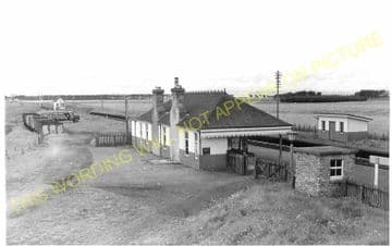 Auldearn Railway Station Photo. Nairn - Brodie. Inverness to Forres Line. (1)