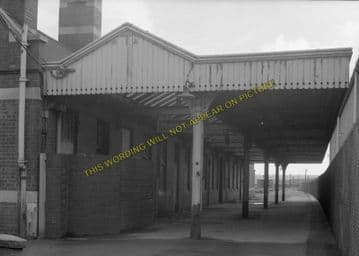 Avonmouth Dock Railway Station Photo. Henbury and Pilning Lines. GWR. (11)