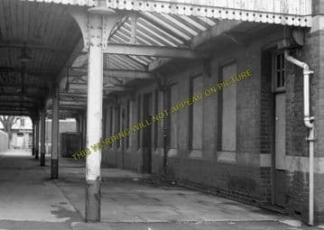 Avonmouth Dock Railway Station Photo. Henbury and Pilning Lines. GWR. (12)