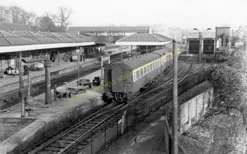 Aylesbury Joint Railway Station Photo. Stoke Mandeville - Waddesdon Manor. (18)