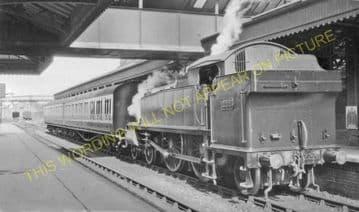 Aylesbury Joint Railway Station Photo. Stoke Mandeville - Waddesdon Manor. (20)