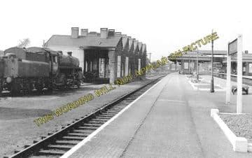 Aylesbury Joint Railway Station Photo. Stoke Mandeville - Waddesdon Manor. (5)