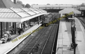 Aylesbury Joint Railway Station Photo. Stoke Mandeville - Waddesdon Manor. (9)