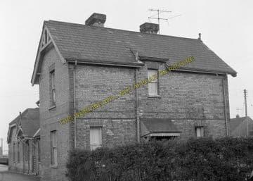 Aylsham South Railway Station Photo. Cawston - Buxton Lamas. Wroxham Line. (4)