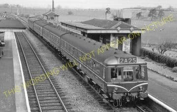 Aynho Railway Station Photo. King's Sutton - Fritwell. Banbury to Oxford. (7)