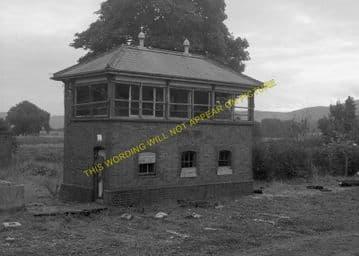 Bala Railway Station Photo. Llandrillo - Llanuwchllyn. (23)